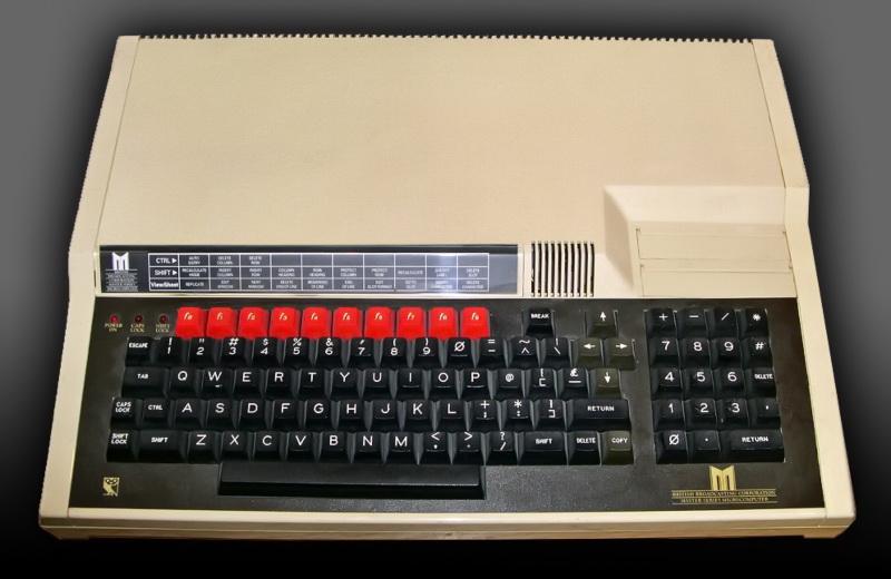 Ο πιο ισχυρός των BBC Micro, ο BBC Master κυκλοφόρησε το 1985. Προβλήματα ασυμβατότητας με τους BBC Model A/B, αλλά και το υψηλό κόστος του, περιόρισαν πολύ τις πωλήσεις του.